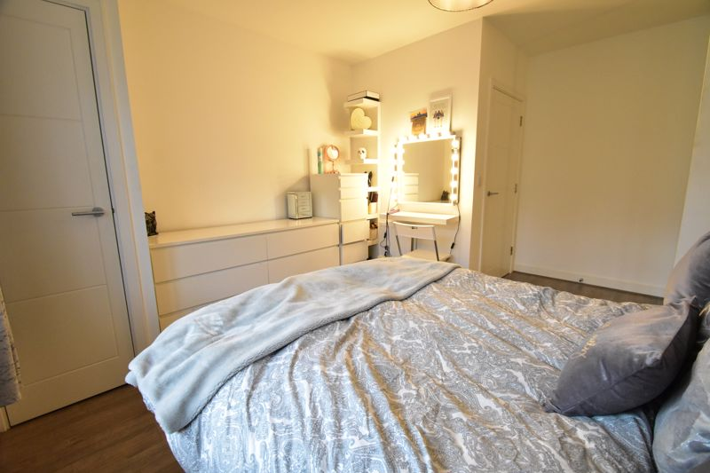 1 bedroom Apartment / Studio to buy in Armstrong Road, Luton - Photo 4