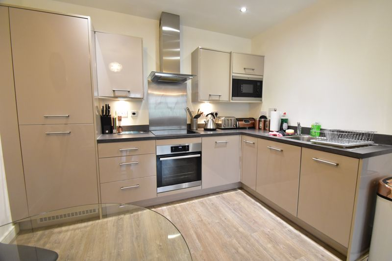 1 bedroom Apartment / Studio to buy in Armstrong Road, Luton - Photo 20