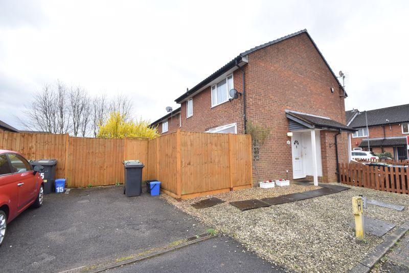1 bedroom End Terrace to buy in Heron Drive, Luton