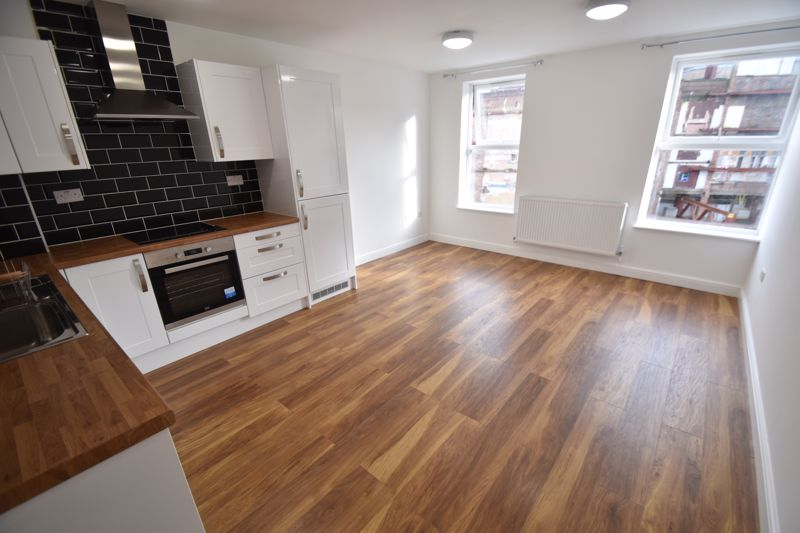 2 bedroom Flat to rent in Alma Street, Luton