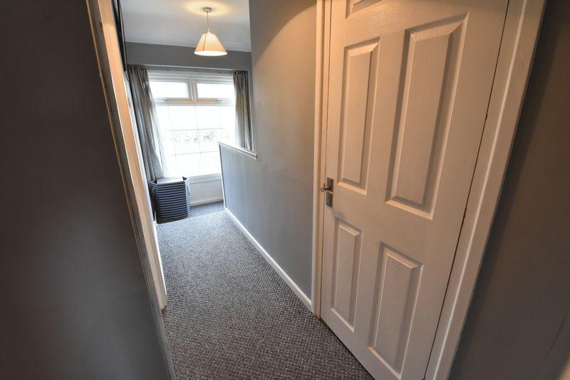 3 bedroom  to buy in Fermor Crescent, Luton - Photo 14