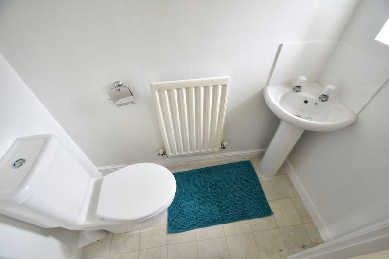 2 bedroom End Terrace to buy in Linden Road, Luton - Photo 5