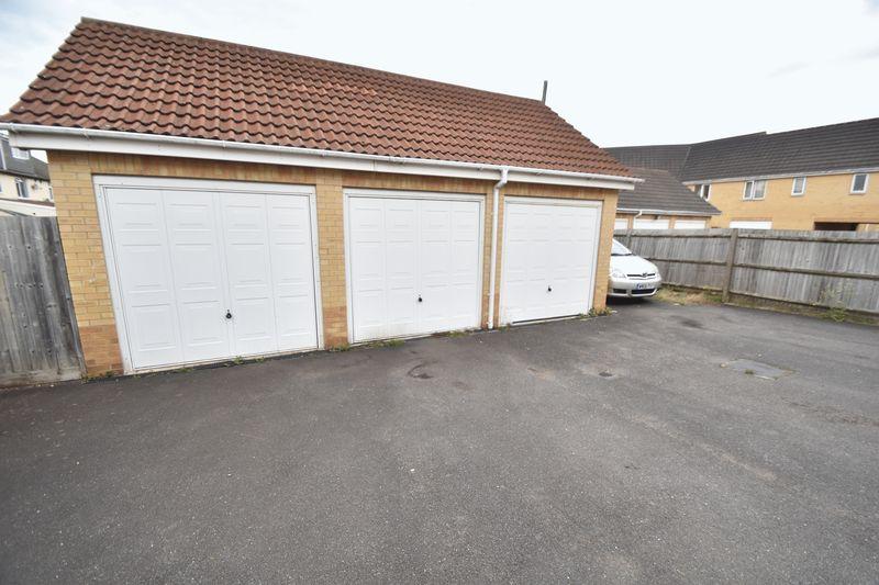 2 bedroom End Terrace to buy in Linden Road, Luton - Photo 12