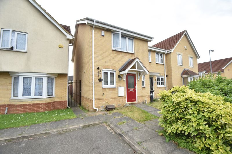 2 bedroom End Terrace to buy in Linden Road, Luton