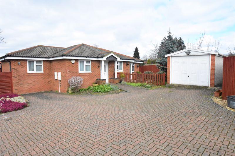 3 bedroom Bungalow to buy in Bampton Road, Luton