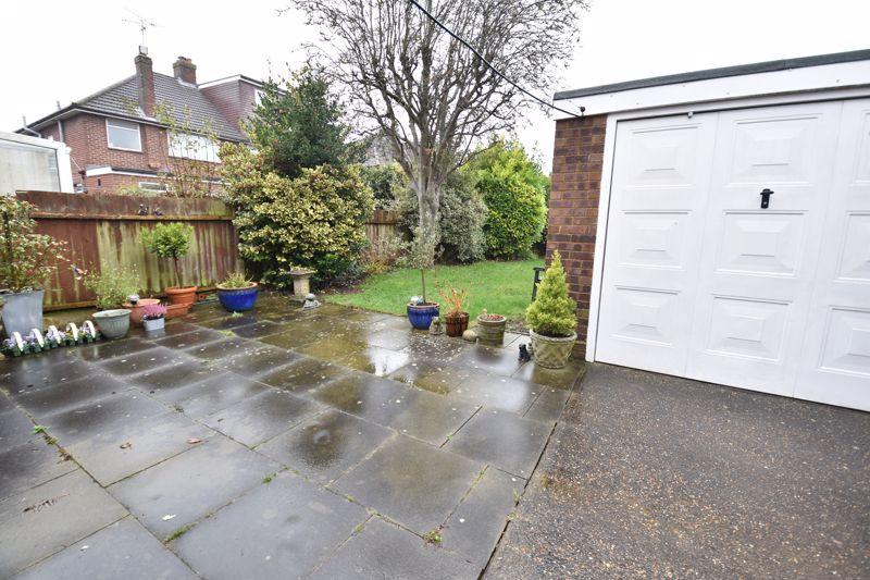 3 bedroom Semi-Detached  to buy in Moat Lane, Luton - Photo 7