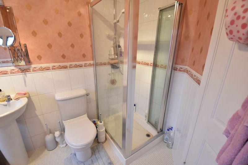 3 bedroom Semi-Detached  to buy in Moat Lane, Luton - Photo 13