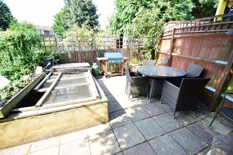 3 bedroom Semi-Detached  to buy in Dunsmore Road, Luton - Photo 12
