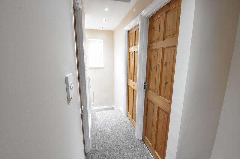 3 bedroom Semi-Detached  to buy in Hollybush Road, Luton - Photo 15