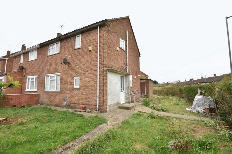 3 bedroom Semi-Detached  to buy in Hollybush Road, Luton