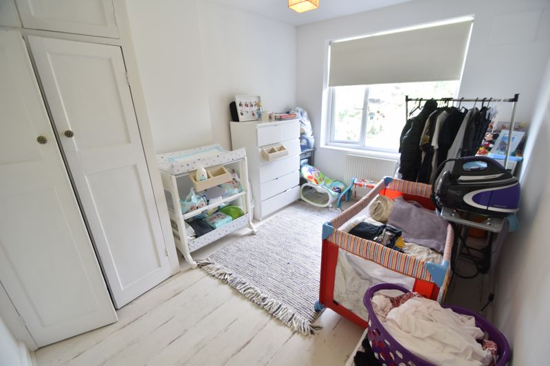 3 bedroom Semi-Detached  to rent in St. Michaels Crescent, Luton - Photo 8