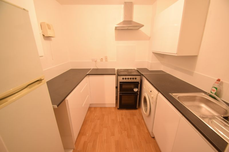 1 bedroom Flat to rent in Hastings Street, Luton - Photo 12