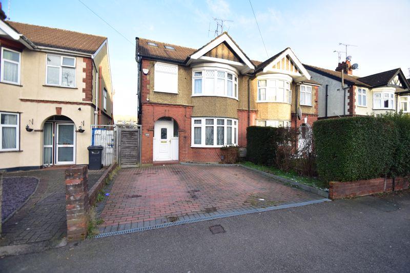 4 bedroom Semi-Detached  to buy in Park Street, Luton
