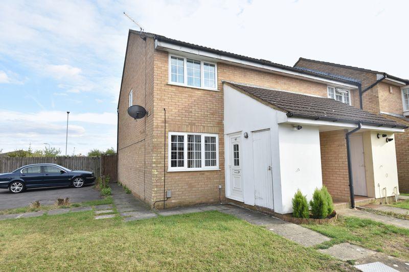 1 bedroom Maisonette to buy in Claverley Green, Luton