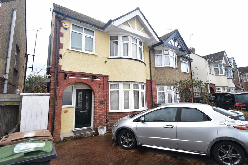 3 bedroom Semi-Detached  to buy in Grosvenor Road, Luton