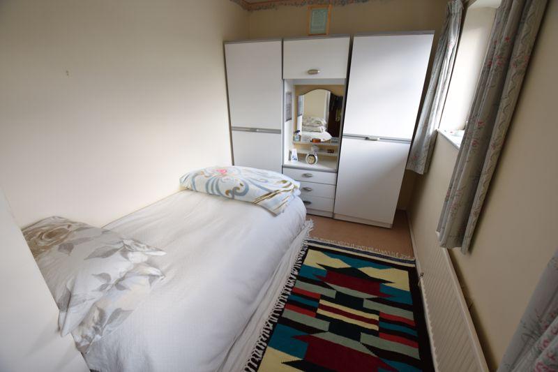 3 bedroom Semi-Detached  to buy in Dewsbury Road, Luton - Photo 10
