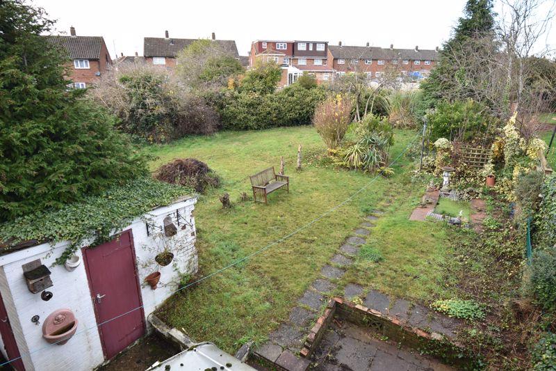 3 bedroom Semi-Detached  to buy in Dewsbury Road, Luton - Photo 14