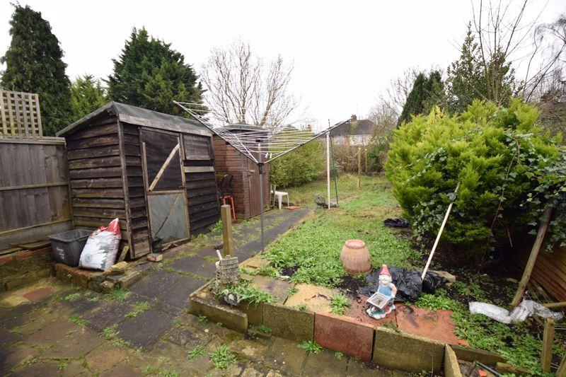 2 bedroom Semi-Detached  to buy in Windermere Crescent, Luton - Photo 2