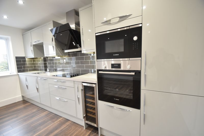 3 bedroom Flat to rent in Napier Road, Luton - Photo 11