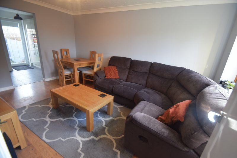 2 bedroom  to buy in Whitwell Close, Luton - Photo 9