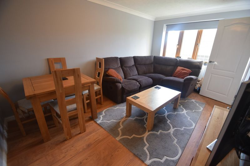 2 bedroom  to buy in Whitwell Close, Luton - Photo 10