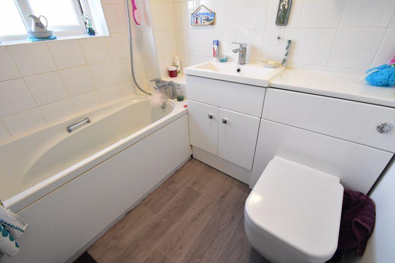 1 bedroom End Terrace to buy in Elveden Close, Luton - Photo 10