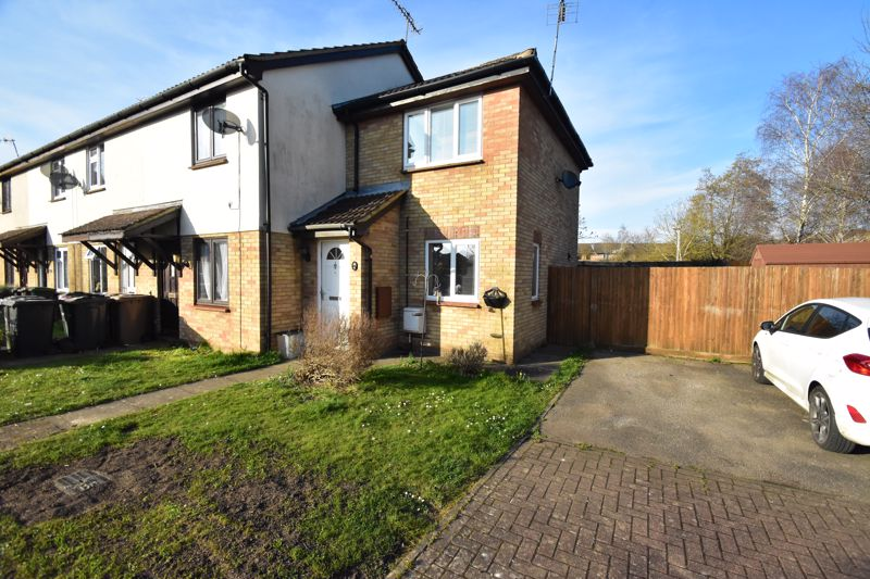 1 bedroom End Terrace to buy in Elveden Close, Luton