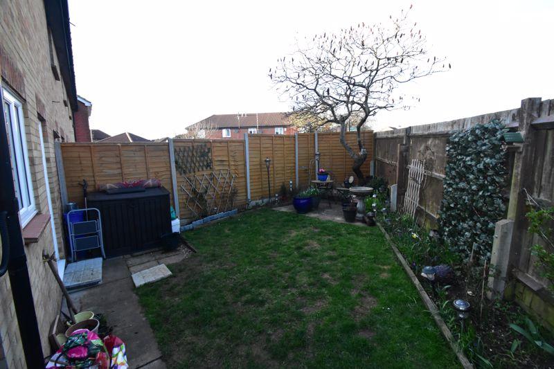 1 bedroom End Terrace to buy in Elveden Close, Luton - Photo 15