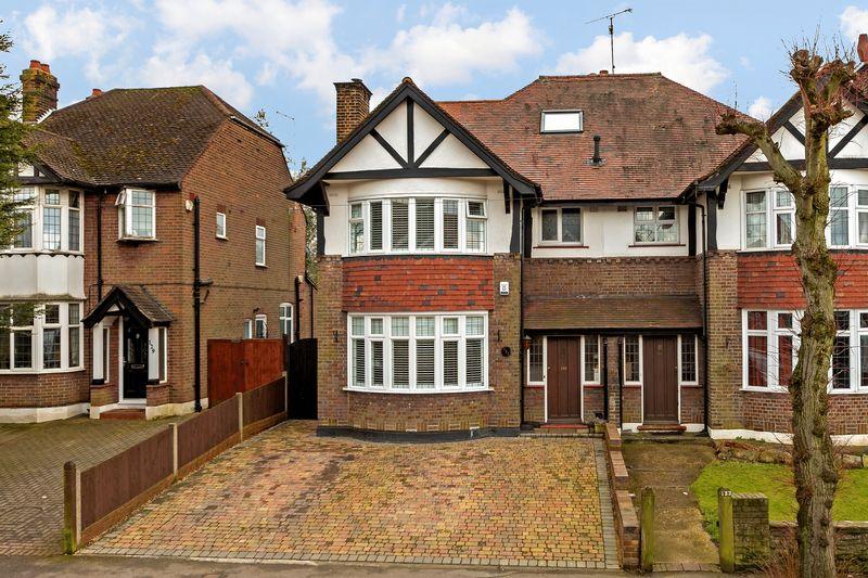4 bedroom  to buy in Stockingstone Road, Luton