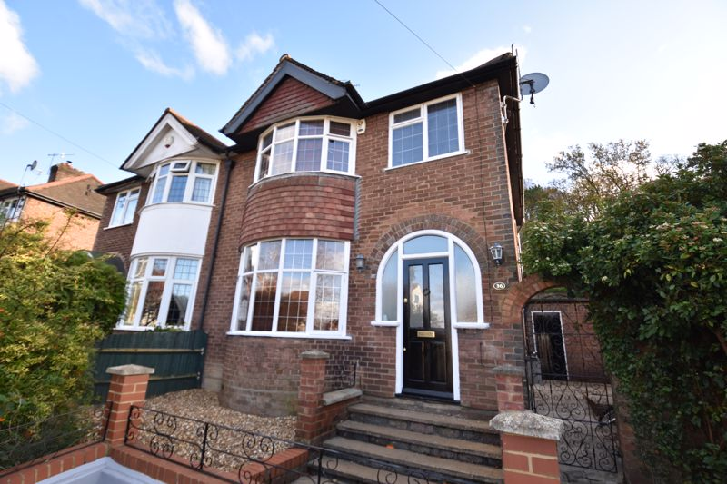 3 bedroom  to buy in Wardown Crescent, Luton