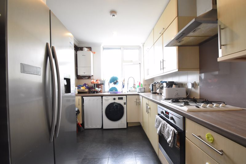 2 bedroom End Terrace to buy in Cowper Street, Luton - Photo 18
