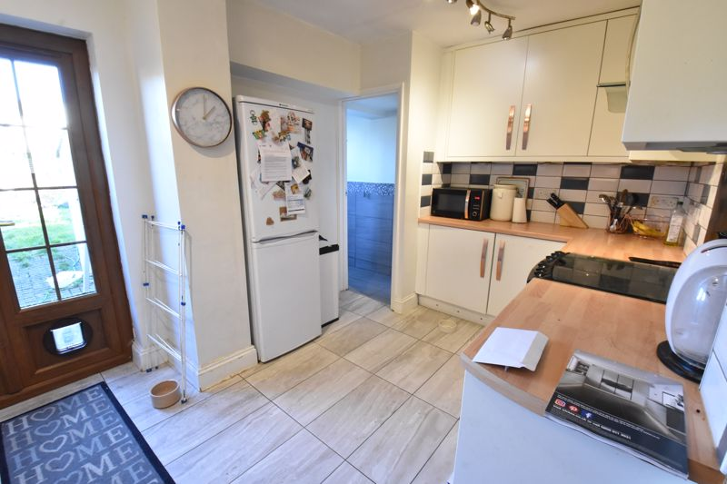 3 bedroom Mid Terrace to rent in Alfred Street, Dunstable - Photo 13