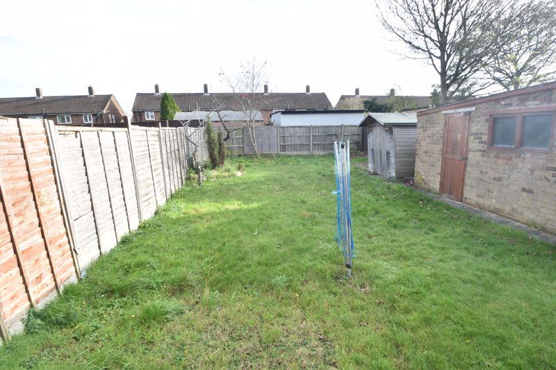 2 bedroom Bungalow to buy in Canberra Gardens, Luton - Photo 8