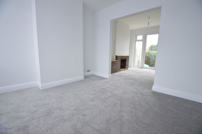 3 bedroom End Terrace to buy in Stanford Road, Luton - Photo 6
