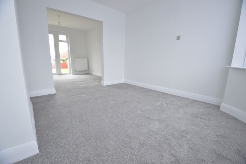 3 bedroom End Terrace to buy in Stanford Road, Luton - Photo 7