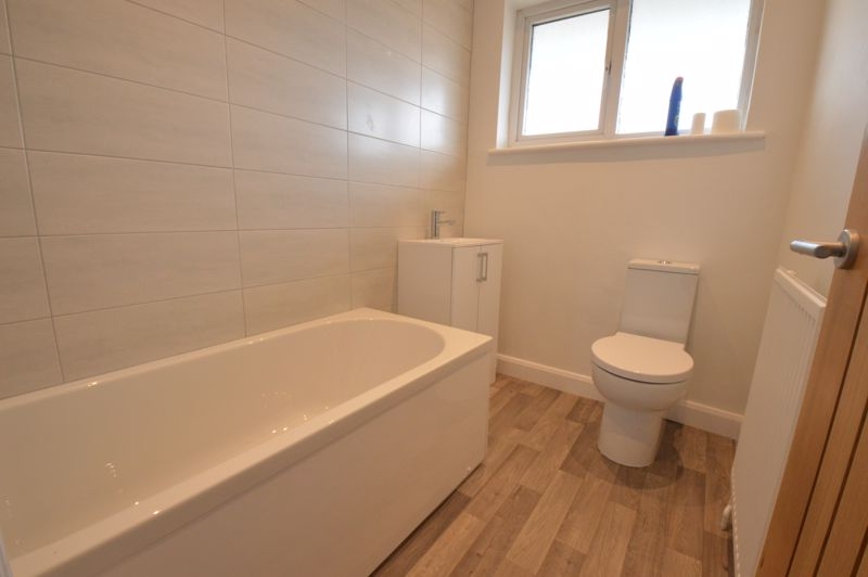 3 bedroom End Terrace to buy in Stanford Road, Luton - Photo 9