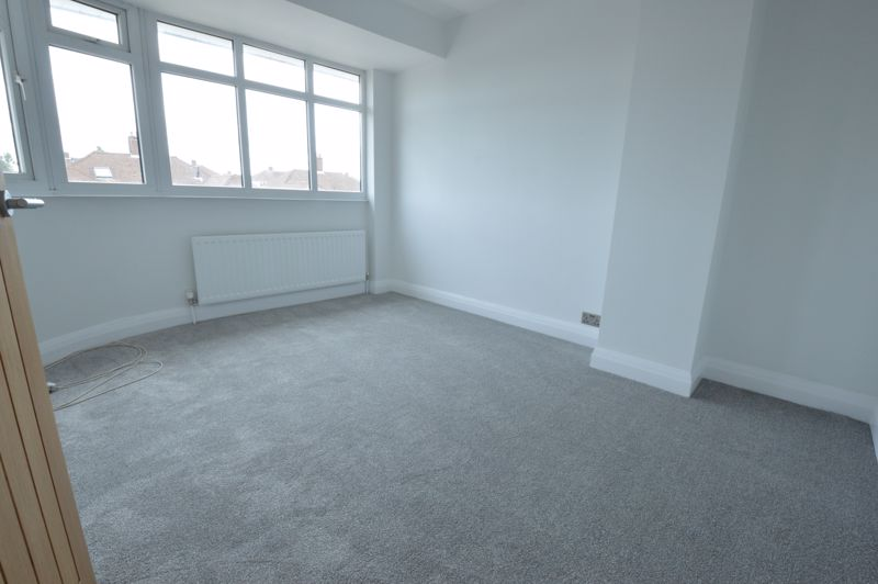 3 bedroom End Terrace to buy in Stanford Road, Luton - Photo 11