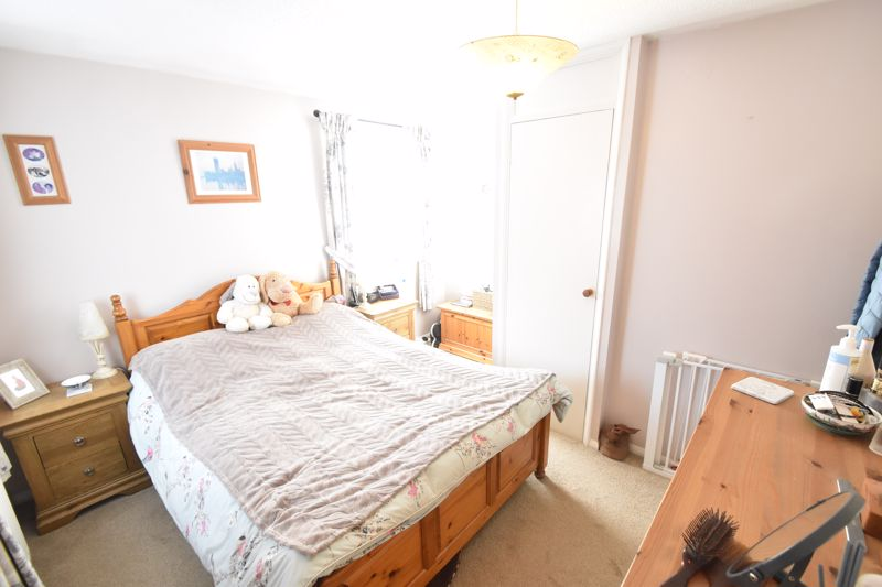 2 bedroom Semi-Detached  to buy in Dunsmore Road, Luton - Photo 10