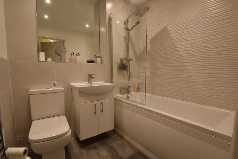 1 bedroom Flat to buy in South Road, Luton - Photo 1