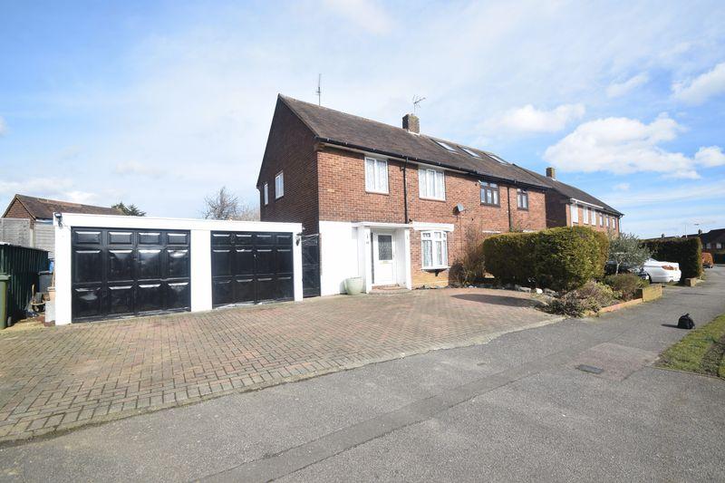 3 bedroom Semi-Detached  to buy in Cowridge Crescent, Luton