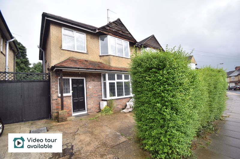 3 bedroom Semi-Detached  to rent in Richmond Hill, Luton - Photo 12