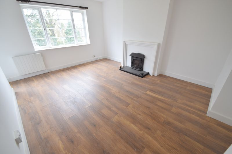 2 bedroom Flat to rent in New Bedford Road, Luton - Photo 9