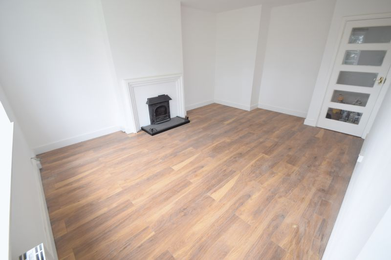 2 bedroom Flat to rent in New Bedford Road, Luton - Photo 10