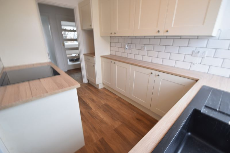 2 bedroom Flat to rent in New Bedford Road, Luton - Photo 21