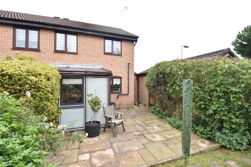 3 bedroom  to buy in Tilgate, Luton - Photo 6