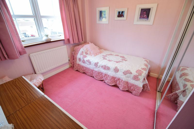 4 bedroom  to buy in Corinium Gardens, Luton - Photo 17