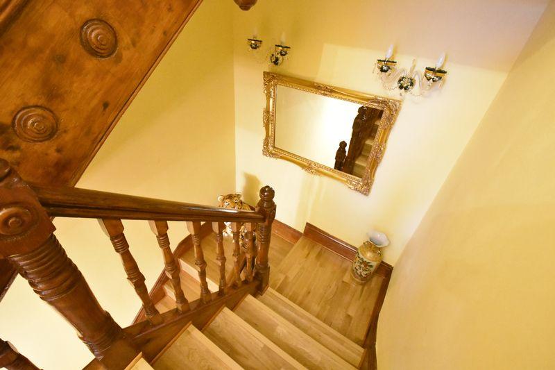 4 bedroom  to buy in Napier Road, Luton - Photo 7