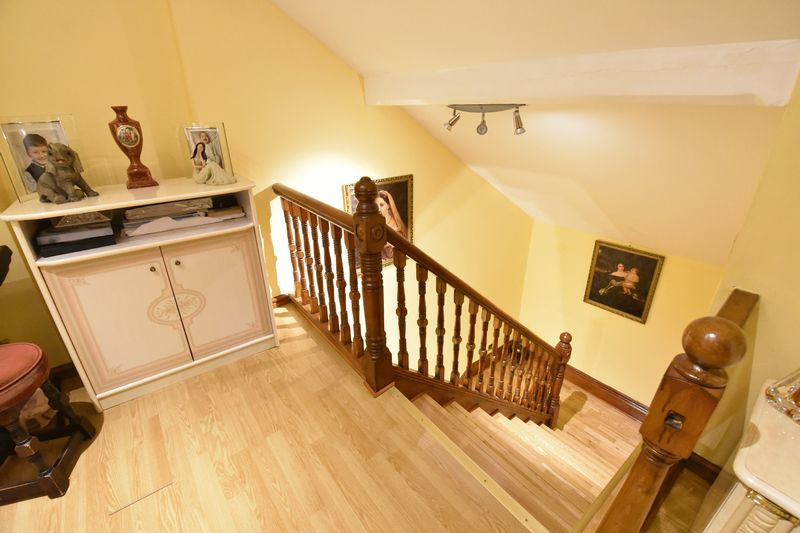 4 bedroom  to buy in Napier Road, Luton - Photo 14