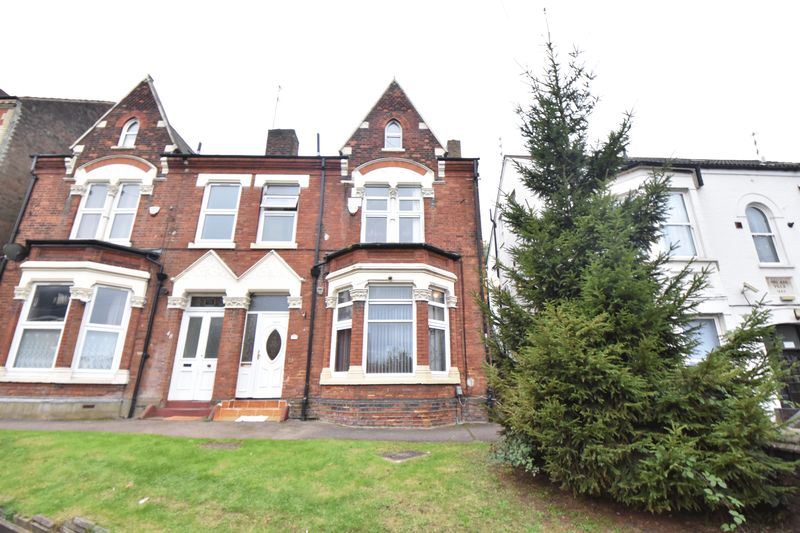 4 bedroom  to buy in Napier Road, Luton