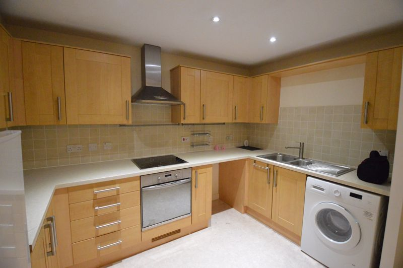 2 bedroom  to rent in Holly Street, Luton